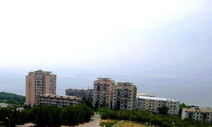 for sale 2 bedroom flat  Yalta