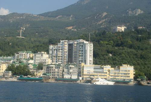 for sale 1 bedroom flat  Yalta