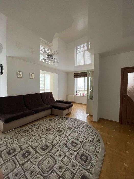 продам 4-комнатную квартиру в Ивано-Франковске