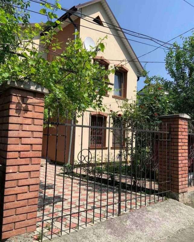 продам дом в Ровно