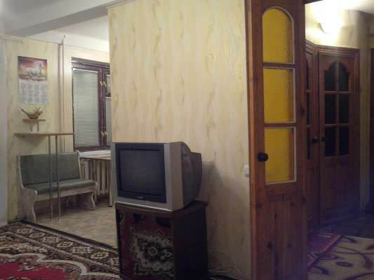 for rent 3 bedroom flat  Alchevsk