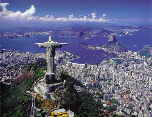 Европейцы и американцы массово скупают жилье в Бразилии